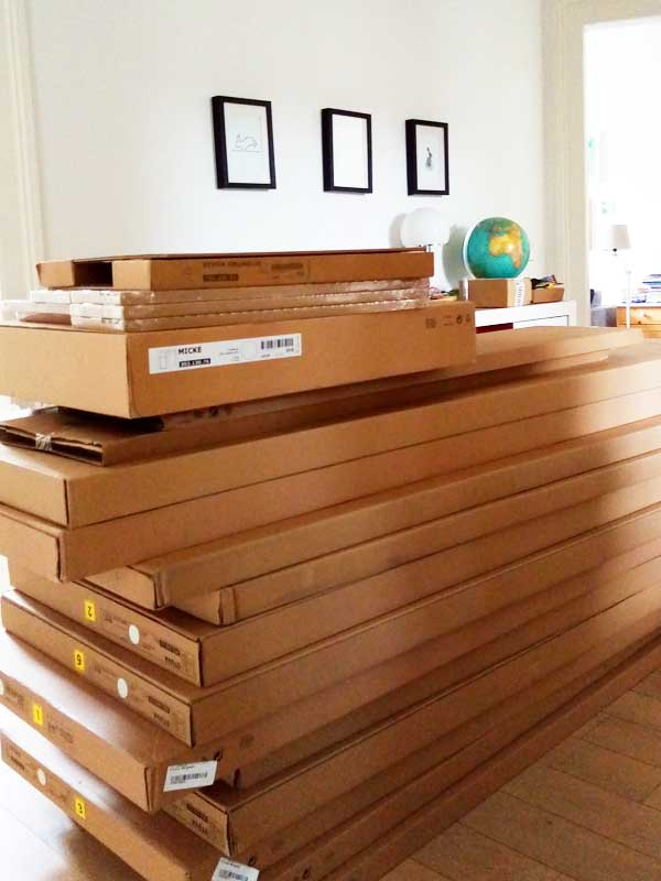 Kartons der Hochbetten