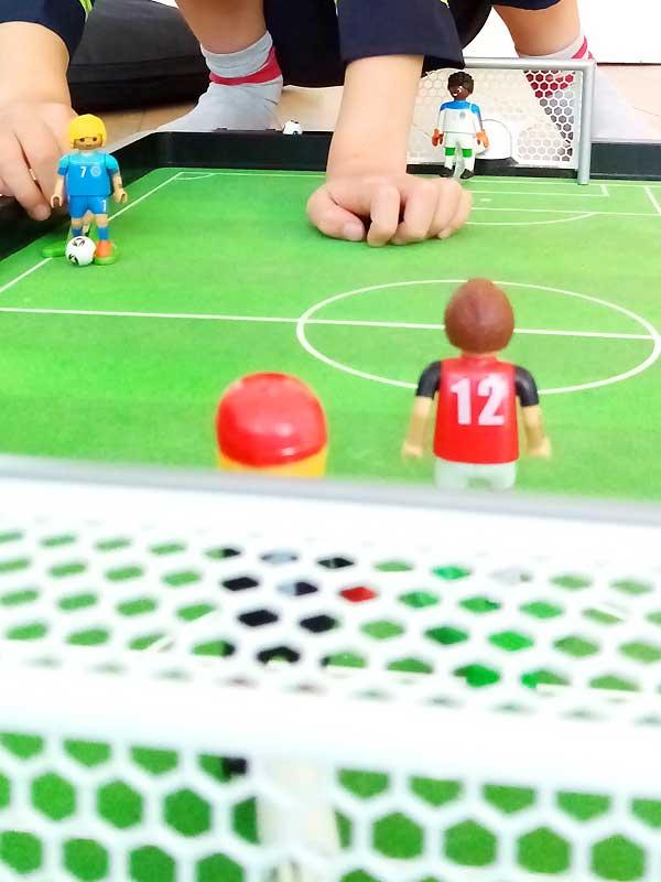 Fußball begeistert unseren Sohn, aber (bisher) nicht im Verein
