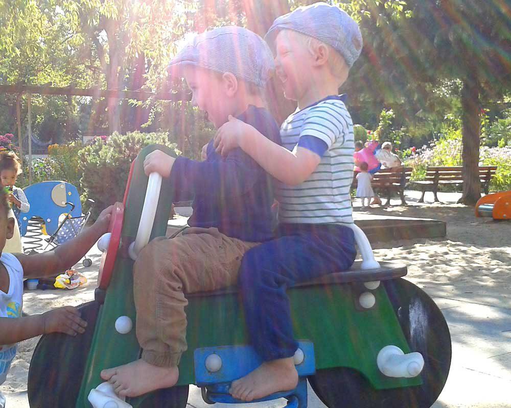 Spielplatz Kindermotorrad